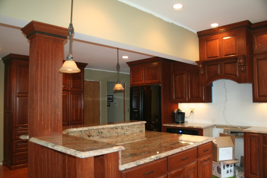 Kitchen islands lets see your pics for Corner kitchen designs with island